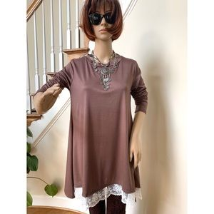 Burgundy maternity brown crew neck tunic, S